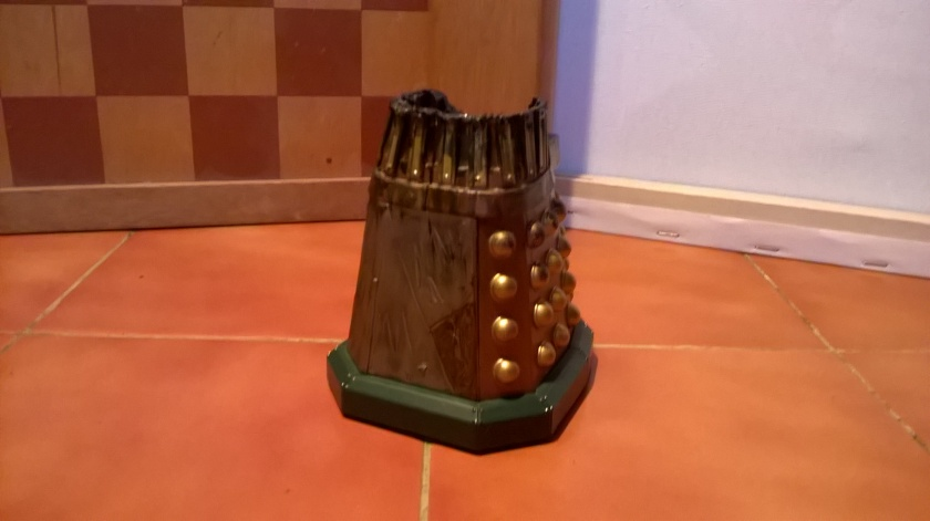 Custom Damaged Dalek Thay (Reverse) - depicting his remains following the battle in the theatre at the conclusion of Evolution of the Daleks