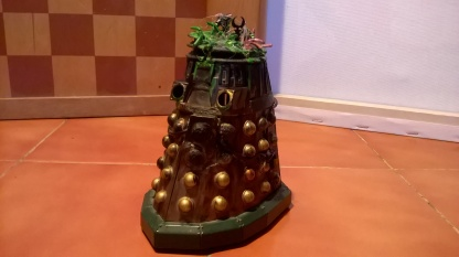 Custom Destroyed New Series Dalek with missing head