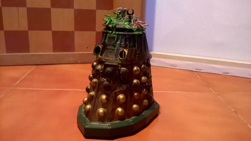 Custom Destroyed New Series Dalek with missing head
