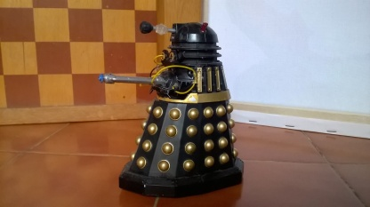 Special Weapons Daleks Showcase T2