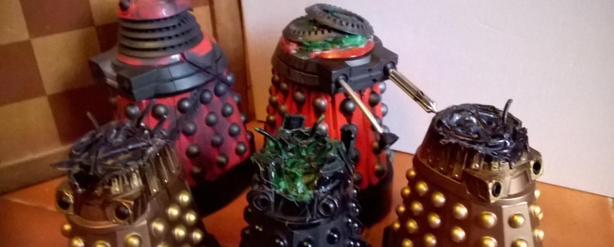 New Series Dalek Customs Collection Tour – More DestroyedDaleks