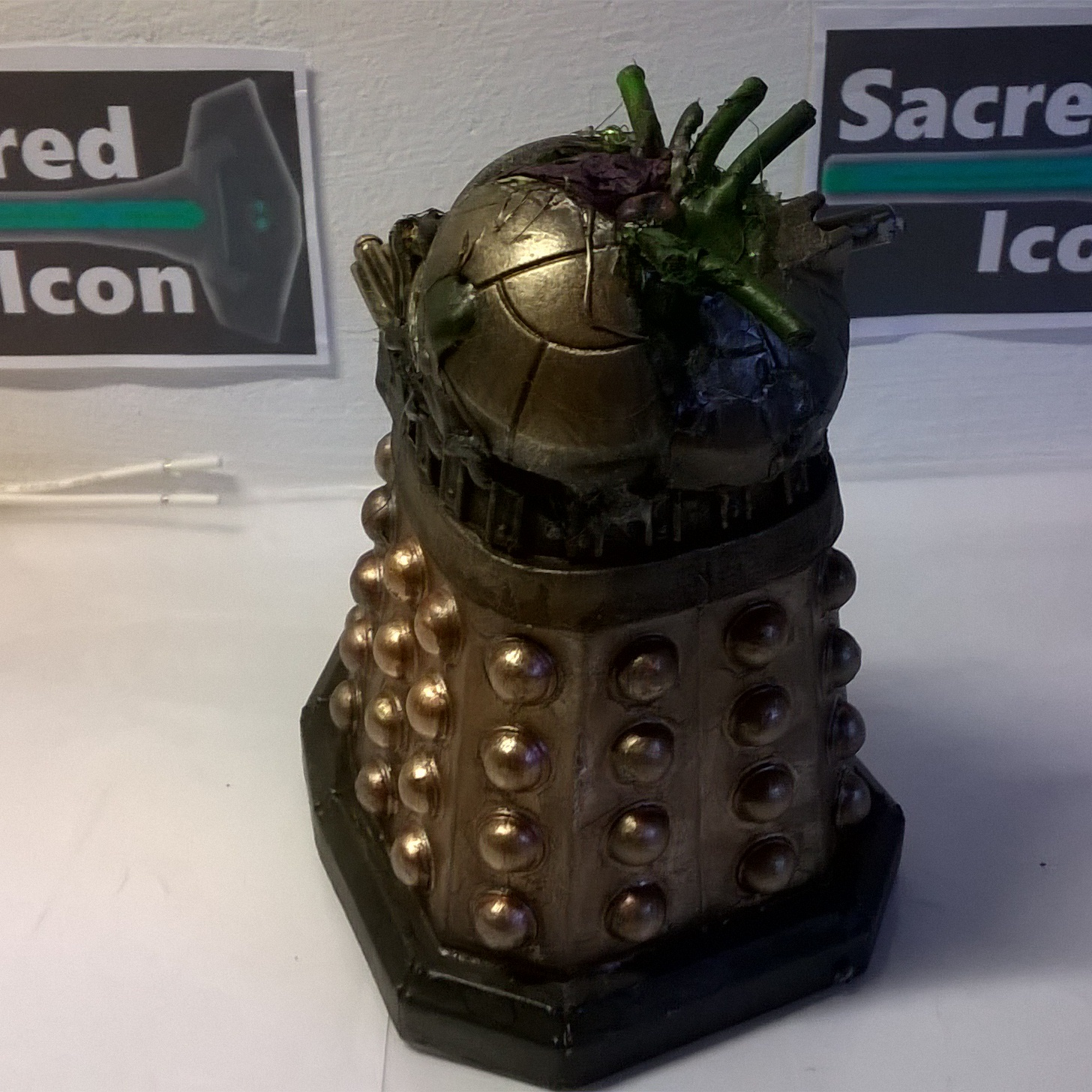 Custom Destroyed Time War Dalek showing the critically damaged top half