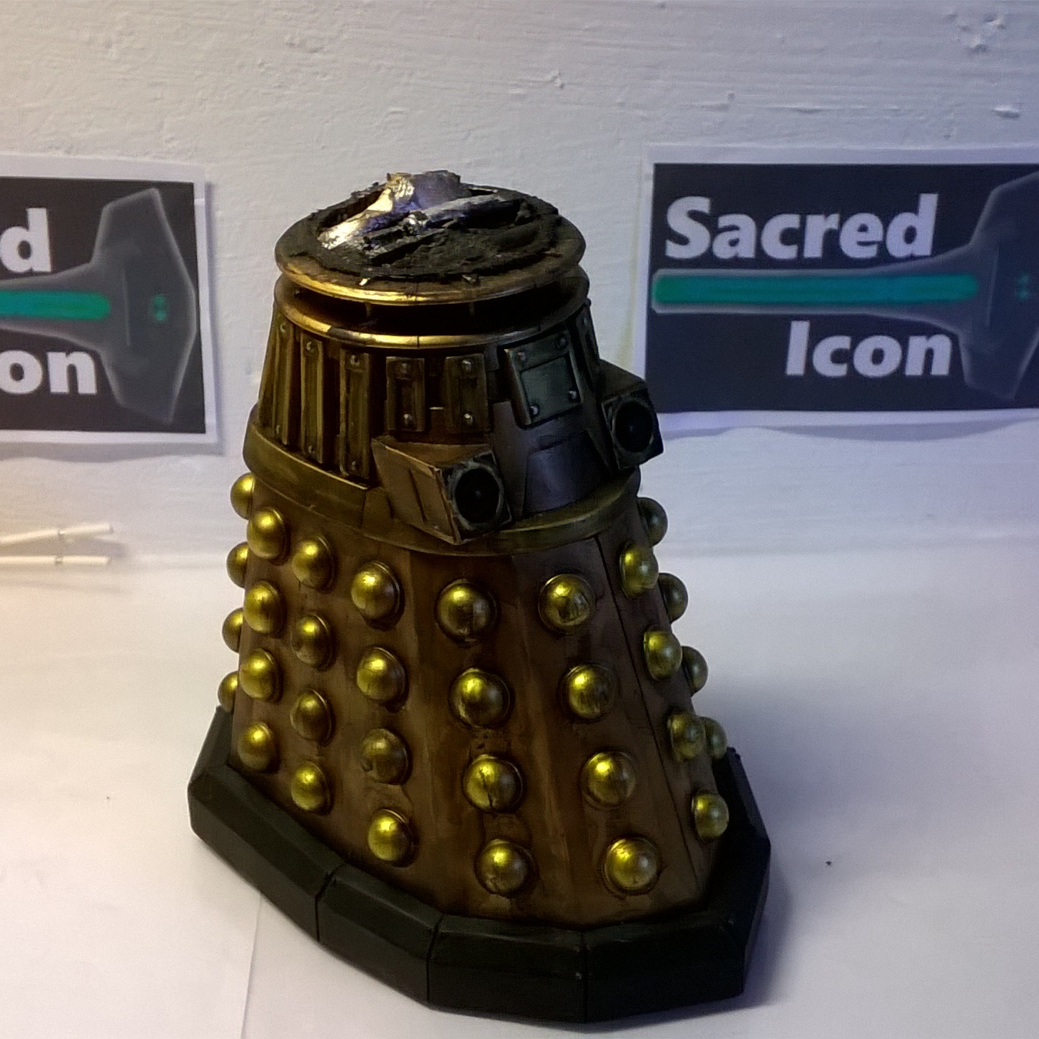 Custom Destroyed Time War Dalek missing the dome