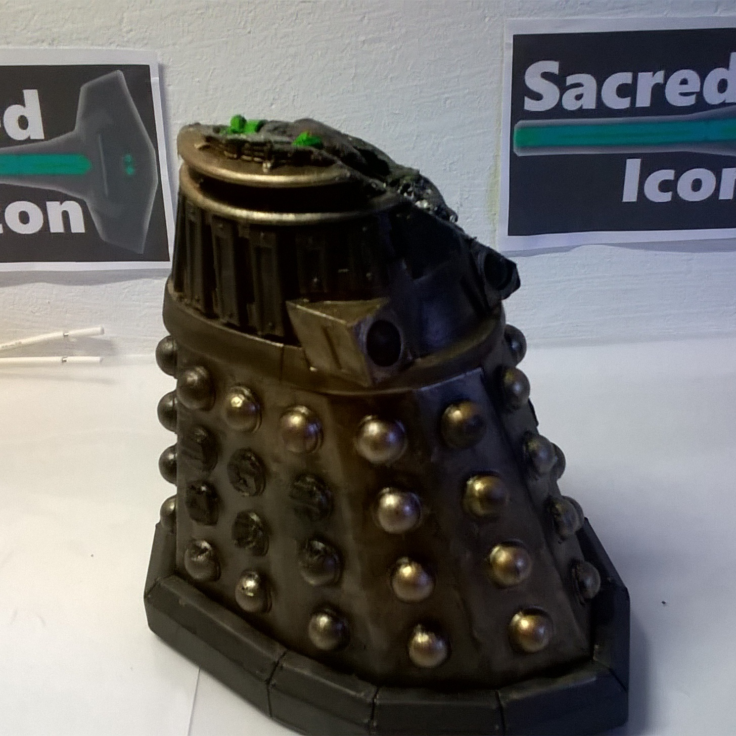 Custom Destroyed Time War Dalek showing the side part torn off